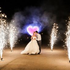 Пиротехнические свадебные аксессуары